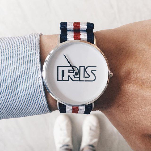 đồng hồ tự thiết kế dyoss