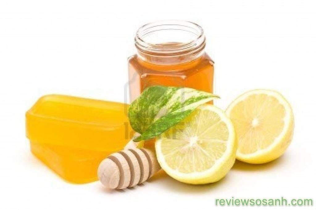 Cách làm trắng da cho nam bằng chanh và mật ong