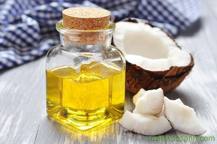 Sử dụng dầu dừa để kích thích mọc tóc